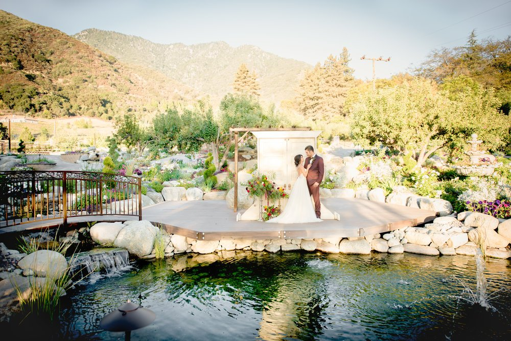 Destination Wedding Oak Glen