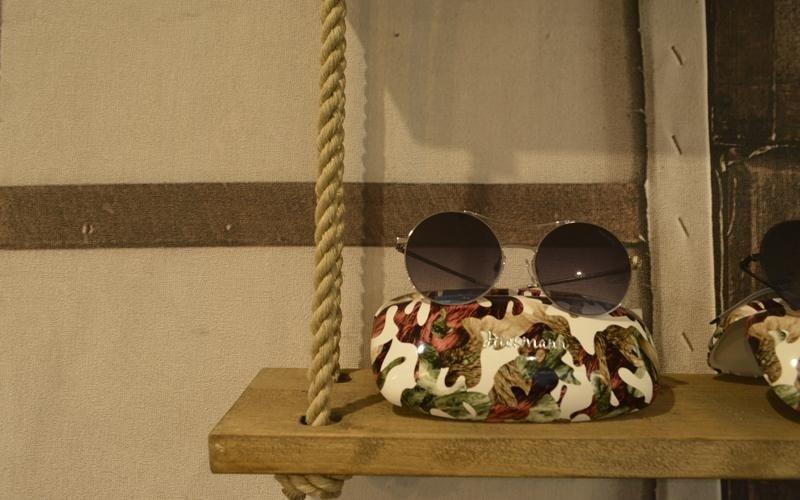 occhiali da sole con lenti tonde