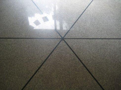 lucidatura pavimenti granito