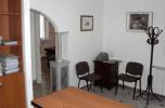 sala d'attesa di uno studio notarile