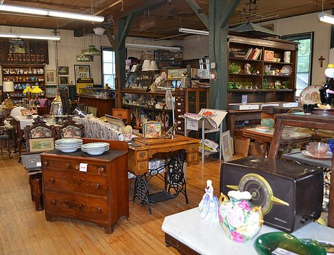 antique furniture Buffalo, NY