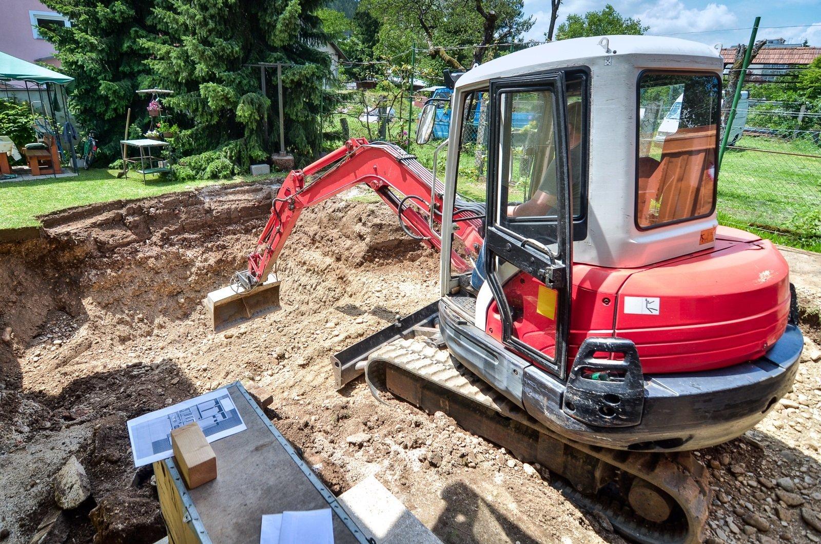 Escavatore dopo revisione