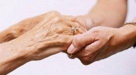 trattamenti benefici per anziani, cure per anziani, trattamenti chiripratici per anziani