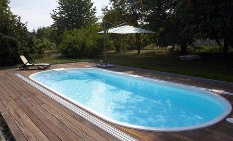 piscina con scalini