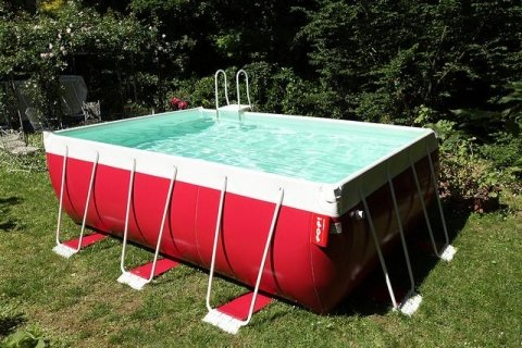 piscina colorata