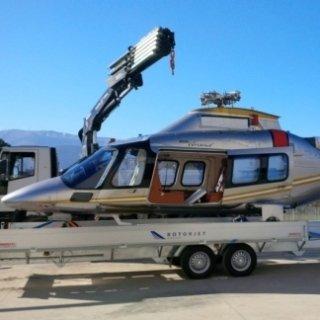Rimorchio trasporto elicotteri