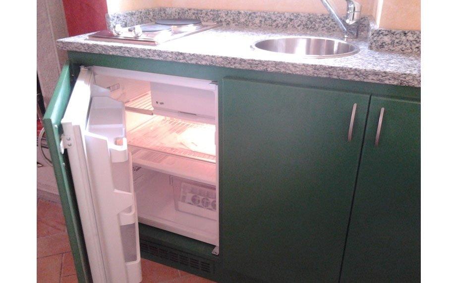 Mobili da cucina laccati in verde