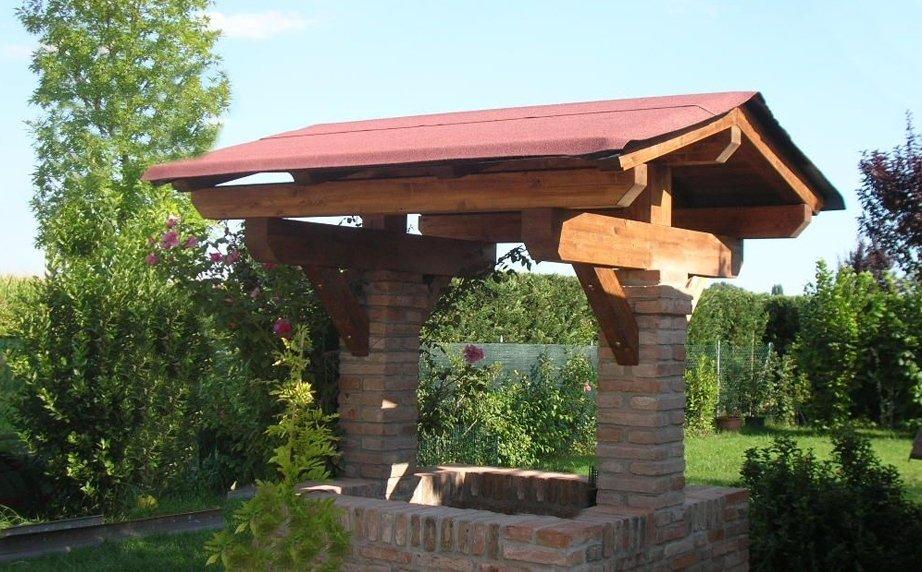 Tettoia legno e muratura