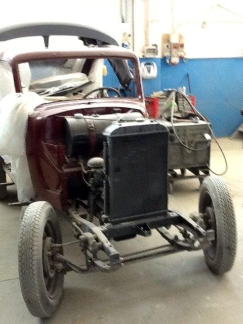 veicoli da restaurare, ford model t, auto anni 30