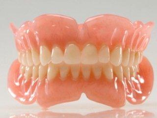 protesi dentaria combinata