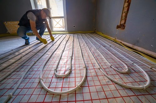Installazione di un pavimento riscaldato