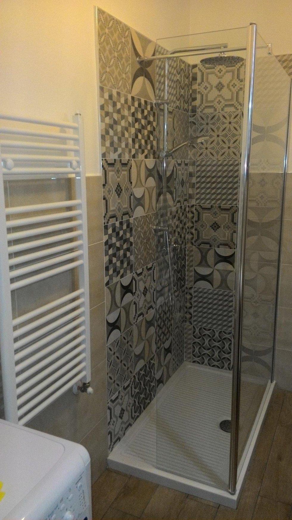 rivestimento parete doccia
