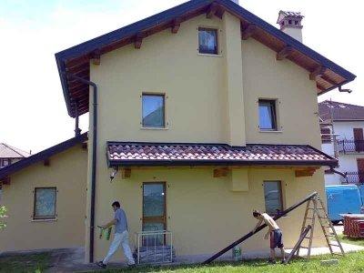applicazione vernice pareti appartamenti