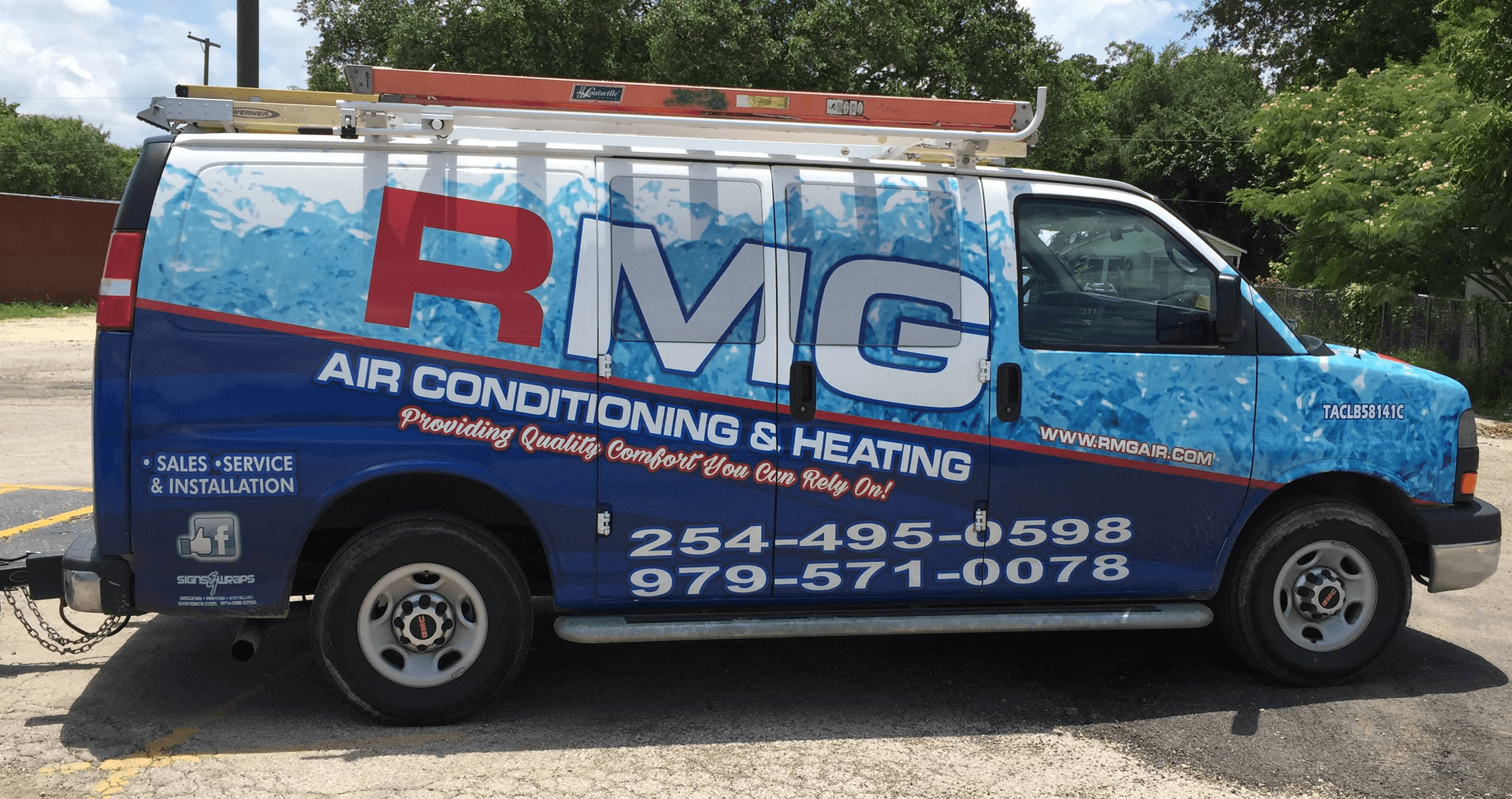 rmg air conditioning & heating vehicle in red, white and blue colors