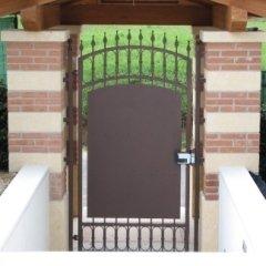 Cancello pedonale zincato e verniciato