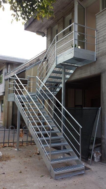 Scala industriale con gradini antitacco