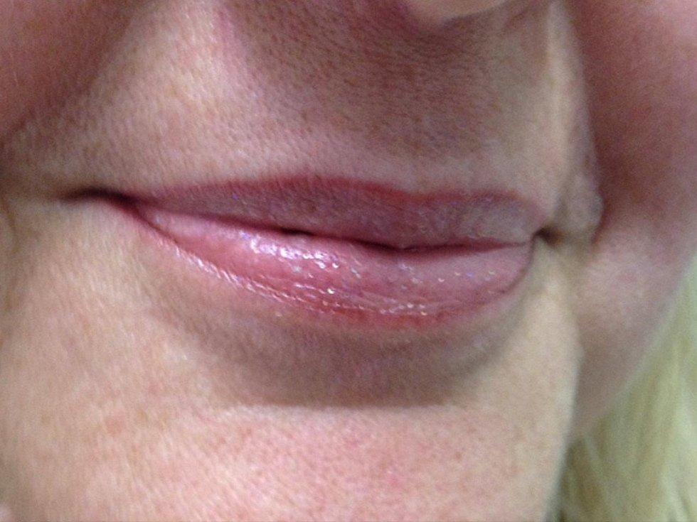 Contorno labbra trucco semipermanente