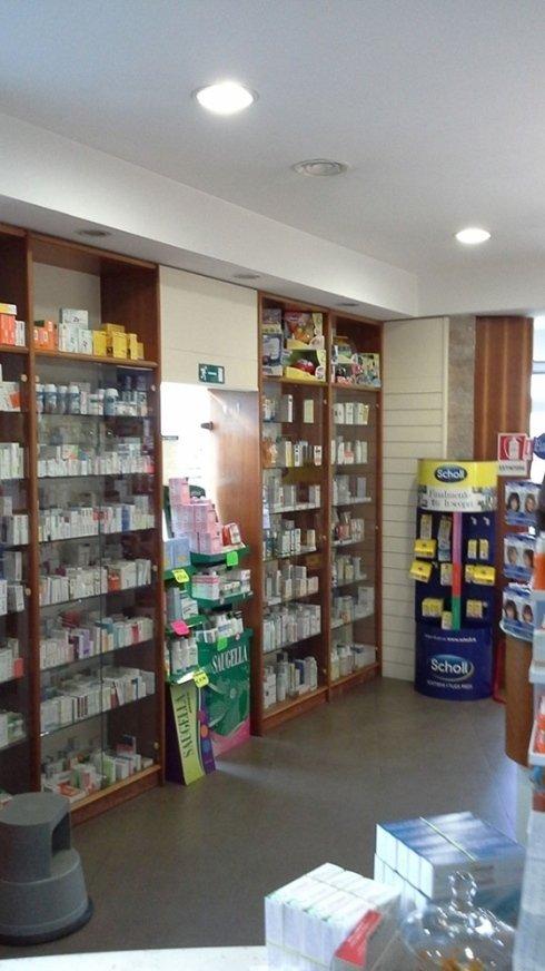 Ampia scelta di farmaci omeopatici e fitoterapici