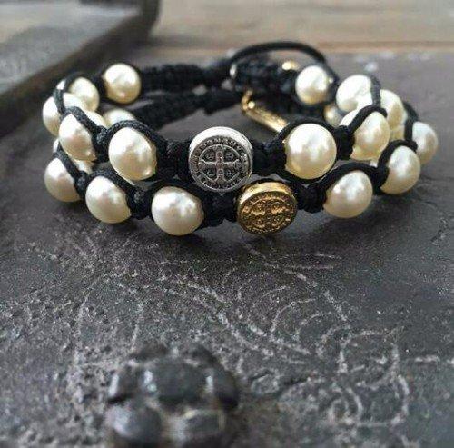 bracciali di cuoio con perle