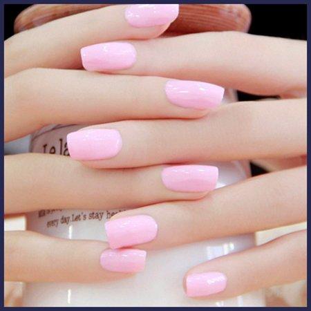 unghie con smalto rosa