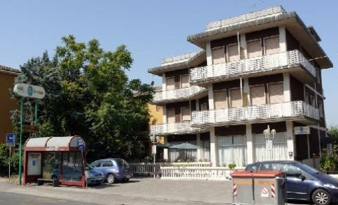 Visione esterna della Villa Sirente a Bologna