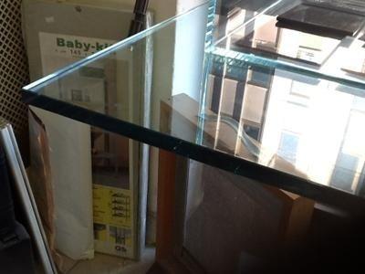 realizzazione vetri tavoli