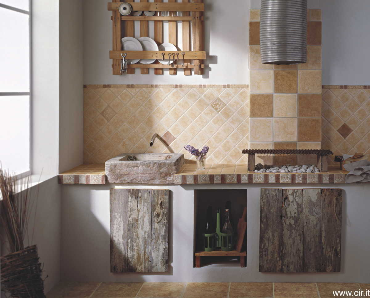 Cucina in marmo stile country