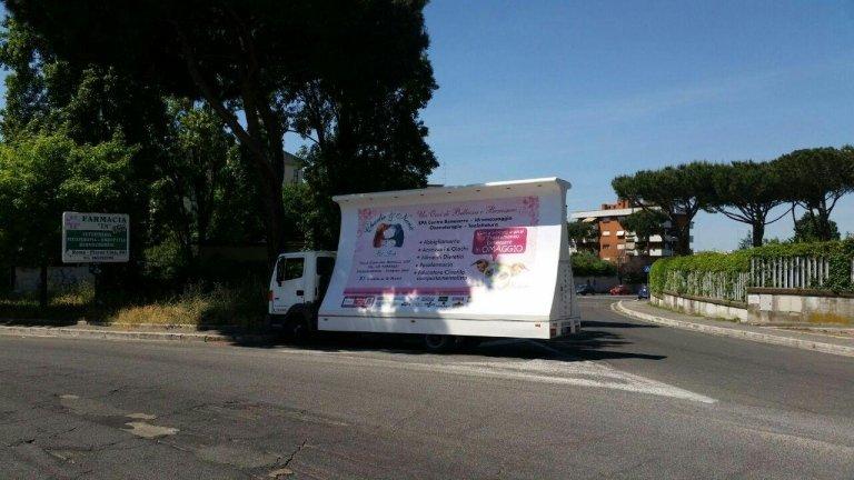 Camion Vela Pubblicitarie
