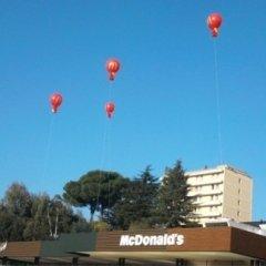 gonfiabili per negozi, palloni giganti, roma