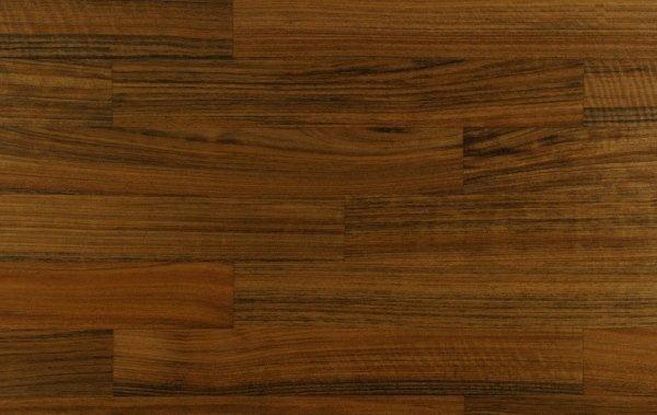 essenza legno noce mutenye