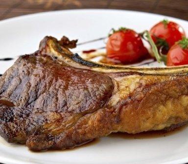ristorante di carne, carne alla brace, carne ai ferri