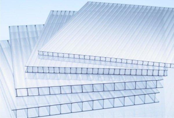 policarbonato e plexiglass