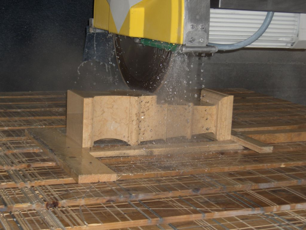 Waterjet Marble Cutting Cavaion Veronese Arredomar