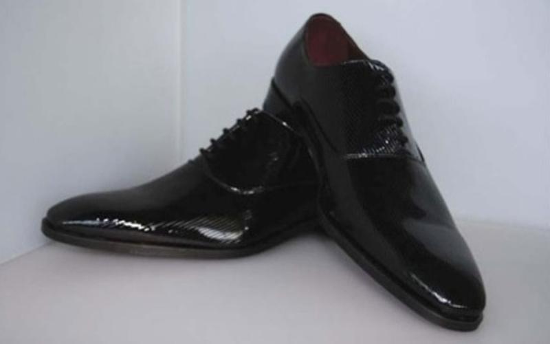 scarpe uomo pelle lucida