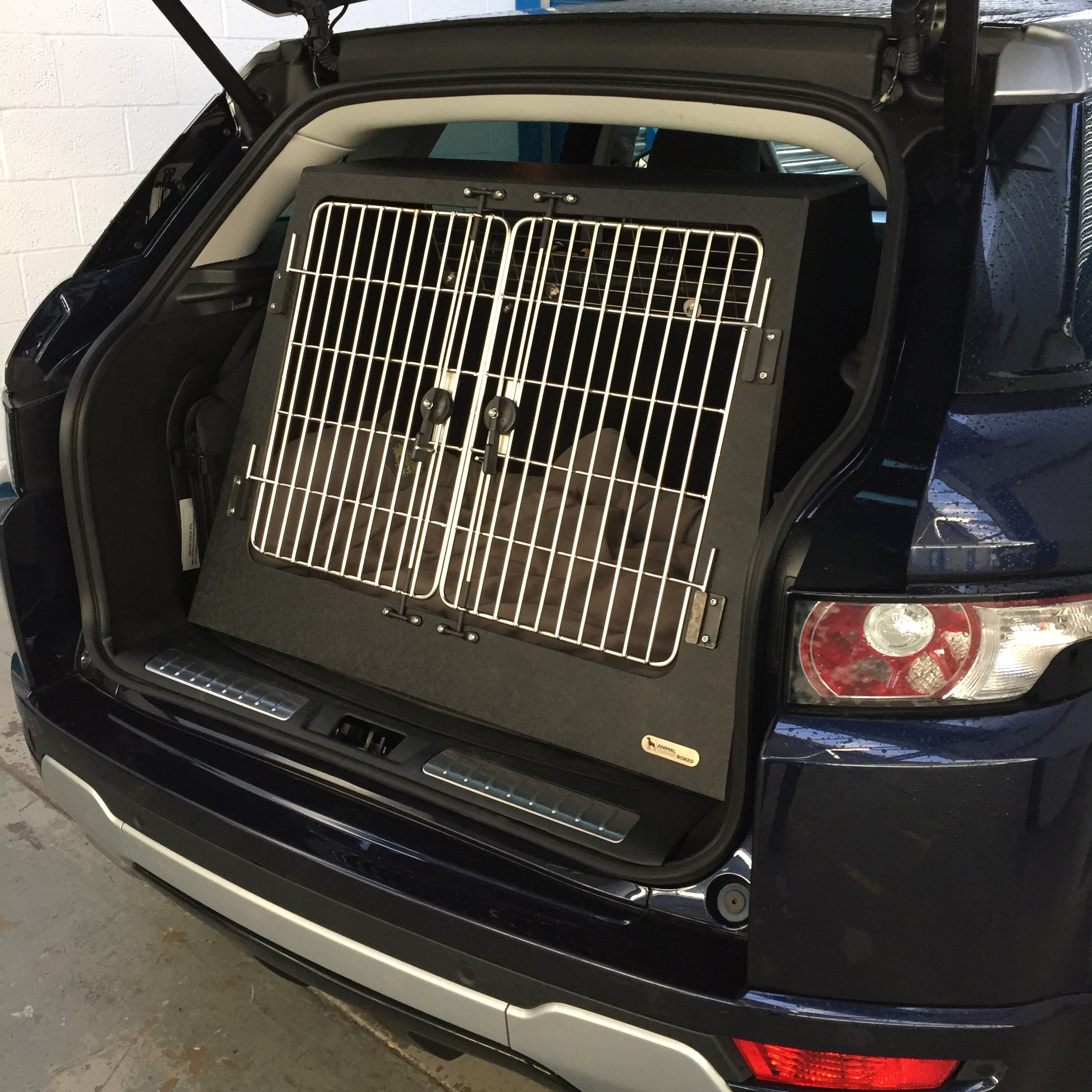 Evoque Dog Transit Box