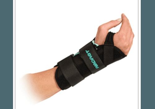 Vendita articoli ortopedici per arti superiori