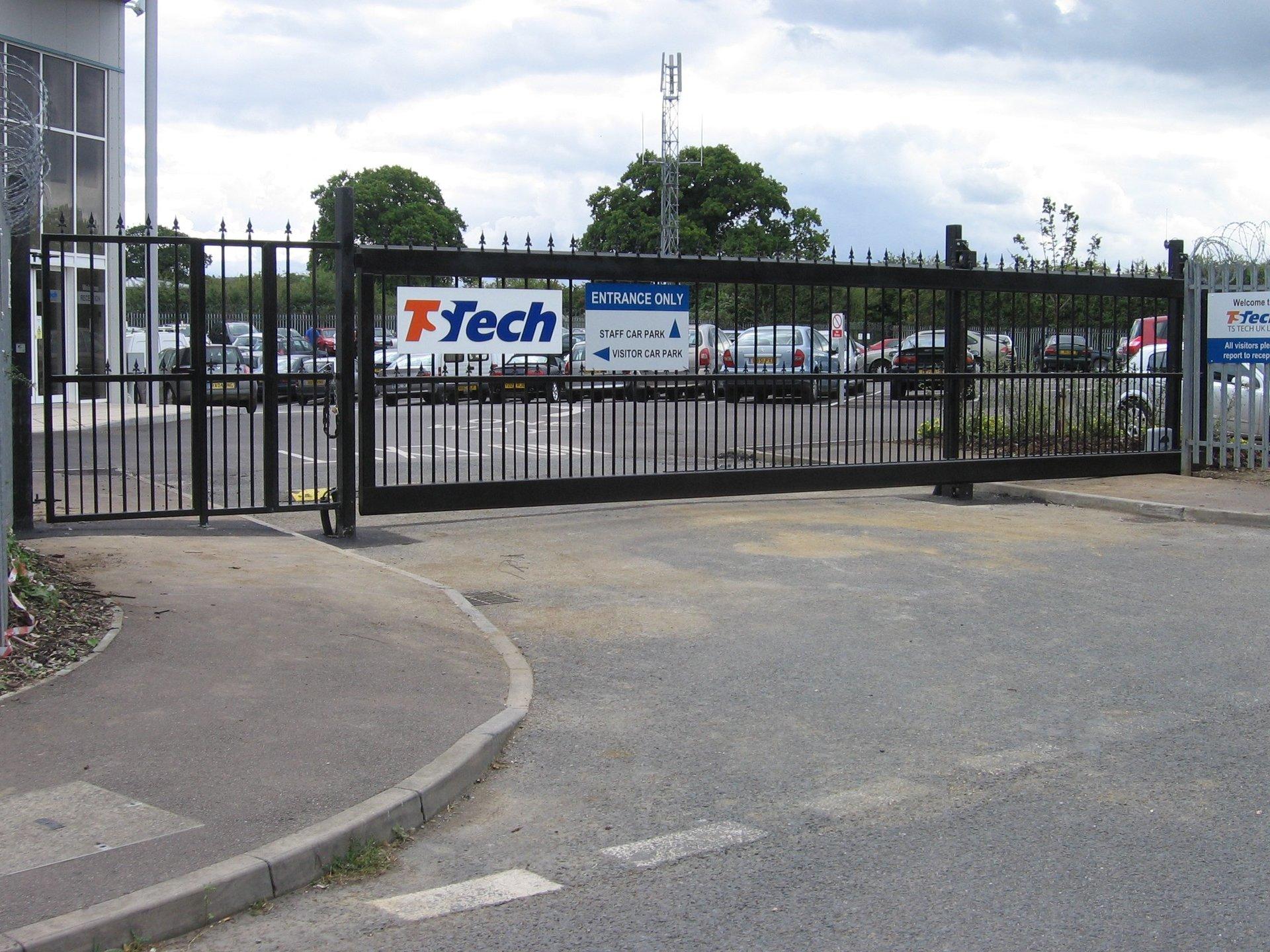 bespoke metal fencing