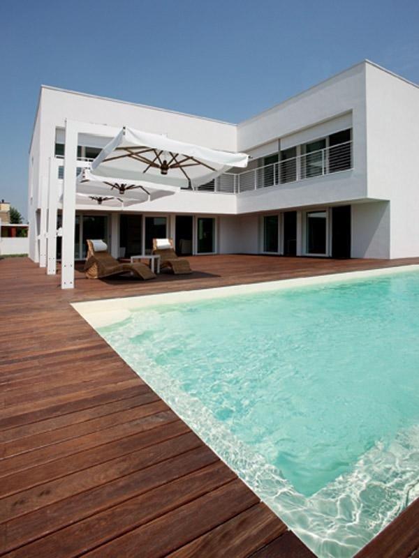 piscina Delfino