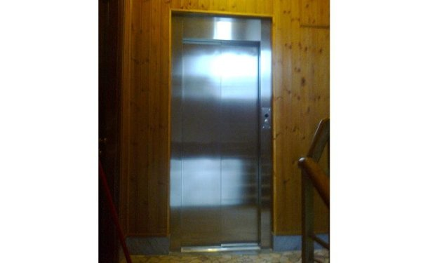 tecnici per ascensori