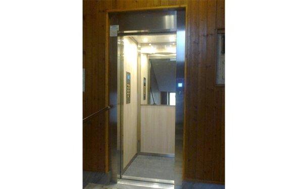 ascensore restaurato