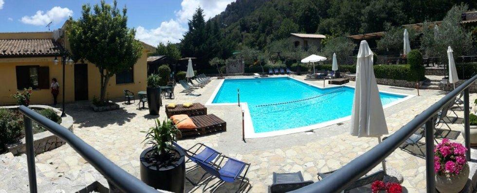 la piscina