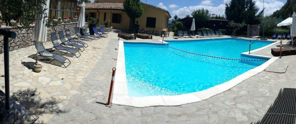 piscina in agriturismo