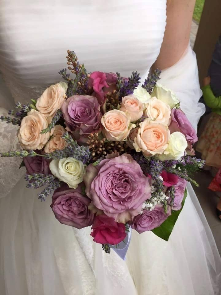 Bouquet da sposa con rose