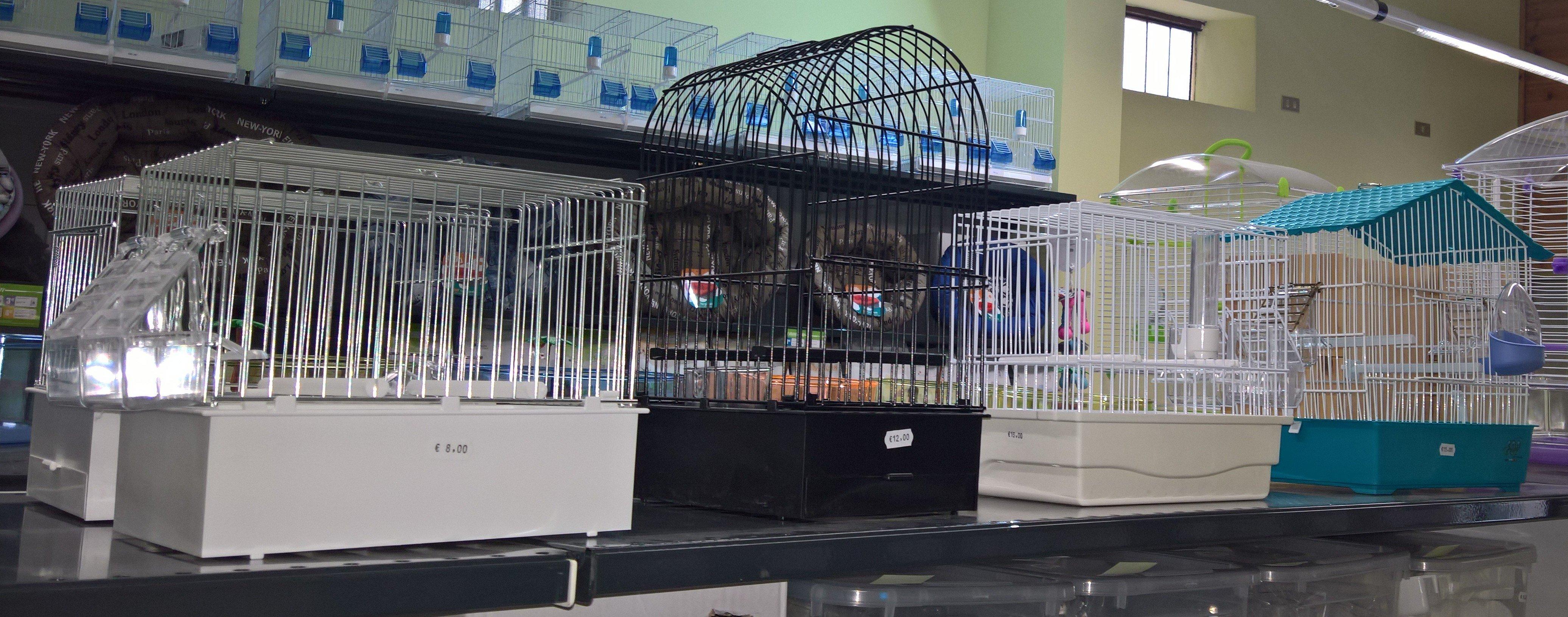 Gabbia per uccelli a Barcellona Pozzo Di Gotto