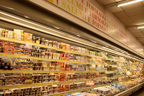 Nel supermercato troverai yogurt e mozzarella fresca