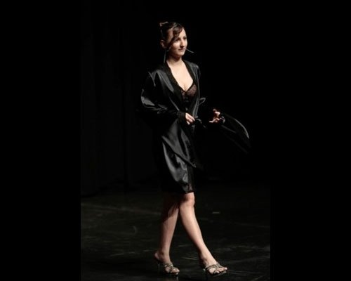 Vestaglia in raso nero