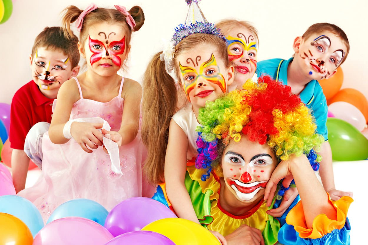 Face painting montreal kids birthday parties family for Face painting clowns for birthday parties