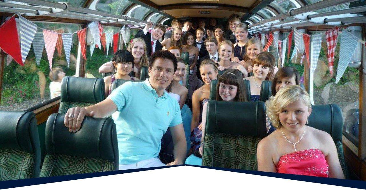 Prom bus