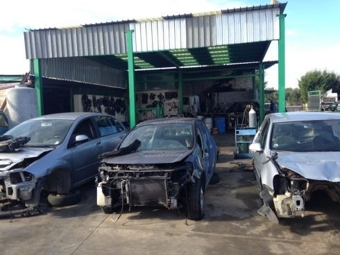 demolizione auto