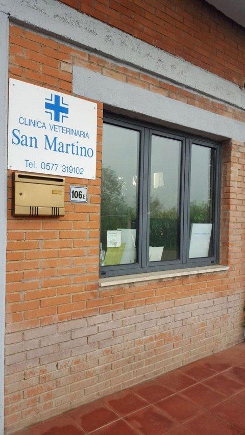 facciata di una clinica veterinaria